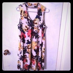 mittoshop Dresses - Adorable Large Boutique Choker Swing Dress